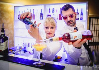 Barman w pracy - EliteGastro - Radosław Kosmowski (0)